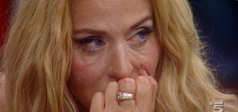 Valeria Marini confessioni di gossip in lacrime a l'Intervista!
