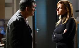Anticipazioni Un Posto al sole, puntata 20 dicembre Giovanna indaga sull'aggressione ai danni del padre di Chiara