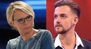 Gossip Tv Maria De Filippi risponde indirettamente a Valerio Scanu