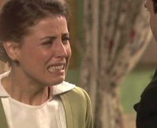 Anticipazione Il Segreto puntata del 25 maggio: Adela non vuole sposare Carmelo