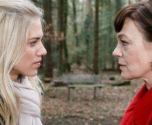 Tempesta d'Amore trama puntata del 22 marzo 2019: Alicia accusa Xenia di un grave reato