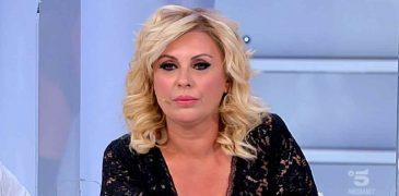 Uomini e Donne oggi: Tina Cipollari attacca Ida